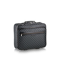 Products by Louis Vuitton: Pilot Case