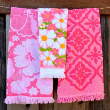 Vintage Set of 3 Pink Towels, Mismatched Terrycloth Bath Towels and Hand Towel, Cannon and Fashion Manor, circa 1960s-1970s