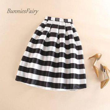 ESBONHC BunniesFairy 2016 Autumn New Women Black and White Horizontal Block Stripe Geometric Print Pleated Midi Skirt for Office Work