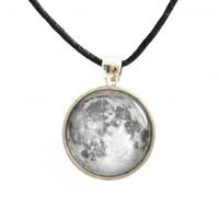Moon Necklace Pendant With Glass Ca.. on Luulla