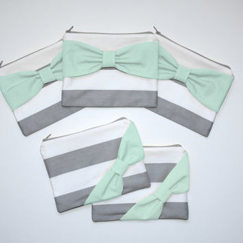 Bridesmaid Gift Set / Bachelorette Party Favors - Gray Stripes with Mint Bow - Customizable Wedding Cases - Choose Quantity and Bow Style