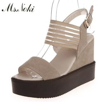2018 Summer shoes woman Platform Sandals Women Soft Leather Casual Open Toe Gladiator wedges Women Shoes buckle strap