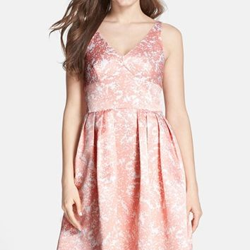 Women's CeCe by Cynthia Steffe 'Kinley' Floral Print Satin V-Neck Fit & Flare Dress