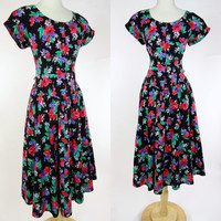 1980s floral print dress, cotton short sleeve fit and flare A line Paquette too button up dress, Large