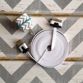 New Super Cute Jeweled Grey & White Chevron Designed Wall iphone 4/4g/4s Charger + 10ft Flat White Cable Cord Super Long