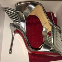 PEAP Christian Louboutin SAMOTRESSE Wing Leather Heels Sandals Shoes Silver $895