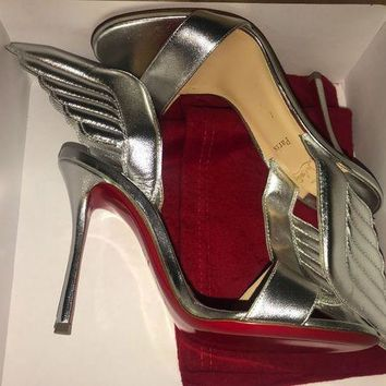 PEAPONDB Christian Louboutin SAMOTRESSE Wing Leather Heels Sandals Shoes Silver $895