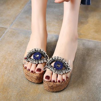 2017 vogue Rhinestones eye Slippers women Sandals on a wedge cork Slippers Beach platform sandals Transparent clogs flip flops