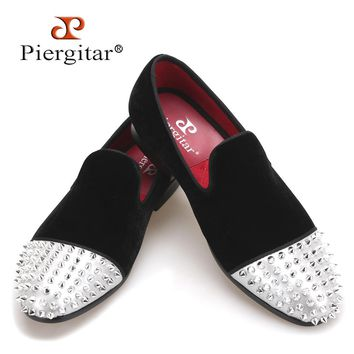 PIERGITAR new style Handmade men velvet shoes with Rivet Leather Toe Fashion men's casual loafers