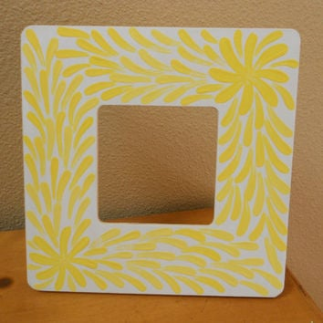 Painted Frame Yellow and White Flower Aboriginal by Acires on Etsy