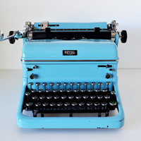 Vintage Turquoise Royal KHT Manual Typewriter
