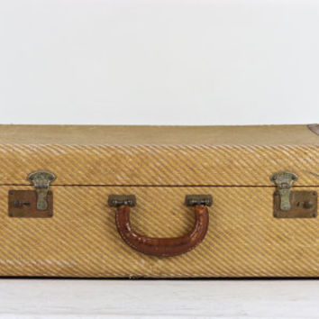 Perfect Best Large Vintage Suitcase Products on Wanelo AG14