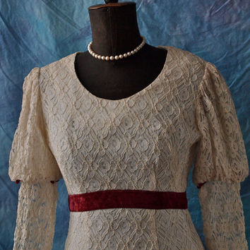 Vintage Mini Dress Ivory Lace Mod 60's Juliet 60's Empire Waist Garnet Velvet Trim Size Small Wedding Dress