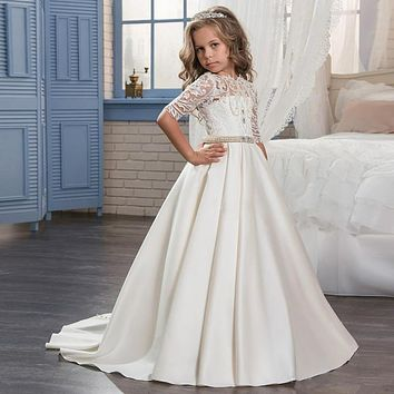 2017 Custom A Line Satin Flower Girls Dresses with Appliques Pearls Pretty Corset and Button Back Beaded Waist Girls Communion