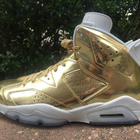 "Nike Air Jordan 6 Retro Pinnacle ""Metallic Gold""Limited sizes"""