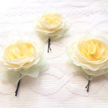 Cream Vanilla Ivory light-yellow Flowers ,  bobby pins, Bridal hair clips,  hair accessory,Wedding, Small Cream roses, Flower Girl , One Set