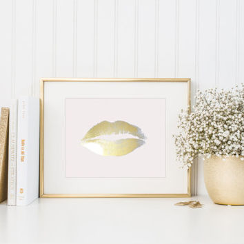 Gold Foil Lip Print / Real Foil / Fashion Print / Lip Wall Art / 5x7, 8x10 / Kiss Print / Sexy / Kiss Wall Art / Silver Foil Lips