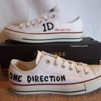 DCCKHD9 One Direction Low-top Converse