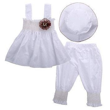 Elegant White Summer Suit with Hat