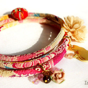 Kimono Bracelet, Japanese Necklace jewelry ,Good luck charm, Pale moss green blue pink - HANA MORI -