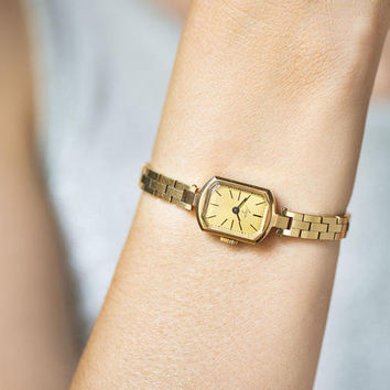 Women's wristwatch bracelet vintage, rectangular lady watch gold plated, jewelry Ray watch for women fashion, Quality mark USSR watch gift
