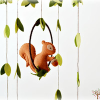 Squirrel mobile - woodland - Nursery baby mobile - Felt green, cinnamon brown, latte brown squirrel - Nursery decor - MADE TO ORDER