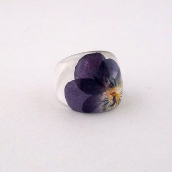 Purple Pansy Resin Ring.  Pansy Violet Viola Resin Ring.  Pressed Flower Ring.  Handmade Jewelry with Real Flowers - Purple Yellow Violet