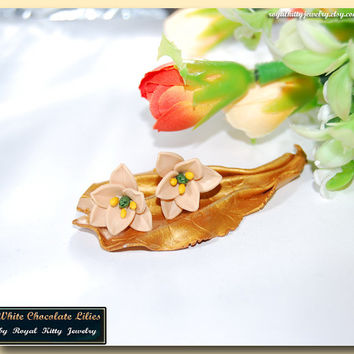 White Chocolate Lilies, champagne polymer clay lily flowers, handmade earrings, sweet lily flowers