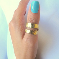 Hammered thumb ring, brass double band ring, modern brass jewelry, Gift under 35