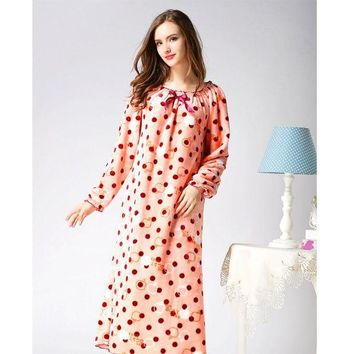 ONETOW 2017 Fashion Autumn Winter Women Nightwear Dress Velvet Long Sleeve Flannel Sexy Nightgown Long Nightgown Sleepwear Plus Size
