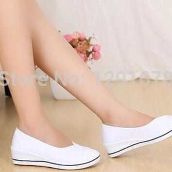 Free shipping New 2015 nurse Shoes white&black slope with Shoes salons Nurse hotel wor