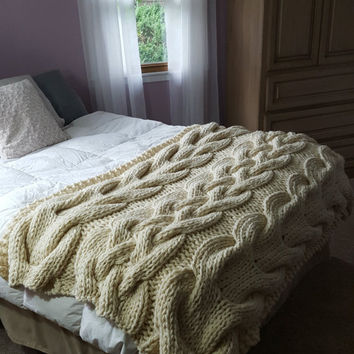 NEW!!!  In Stock- Chunky Cable Knit Blanket
