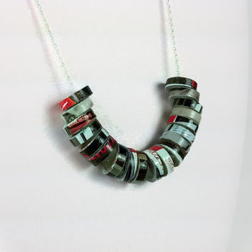 Recycled Magazine Paper Eco Necklace, paper necklace, recycled jewelry, recycled necklace, eco jewelry, eco chic necklace, upcycled necklace