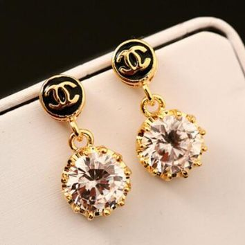 CHANEL Fashion Womwn Classic Zircon Crystal Earrings I12874-3