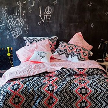 aeropostale women 39 s aztec bed in a bag from amazon dorm life. Black Bedroom Furniture Sets. Home Design Ideas
