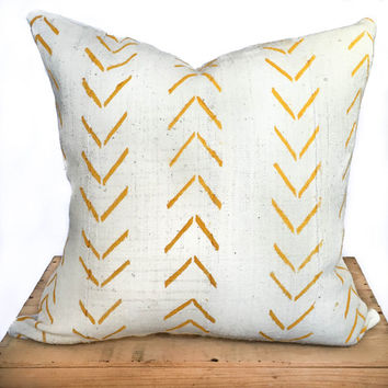20 Inch Yellow and White African Mud Cloth Pillow Cover