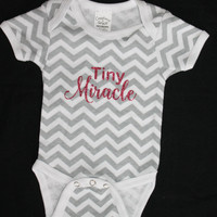 Chevron Baby Bodysuit - Unisex Boy Girl Newborn Gray White Coming Home Outfit Short Sleeves with Tiny Miracle Wording