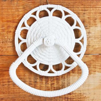 Vintage Faux Wicker Towel Bar, Homco White Rattan Style Guest Bathroom Towel Ring, Cottage Chic Decor