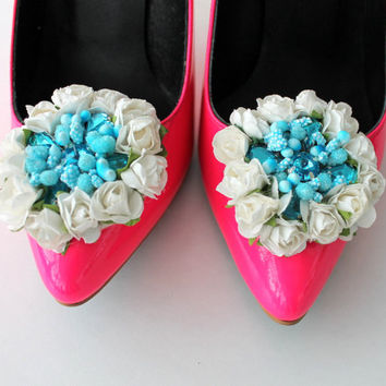 shoe clips, shoe flowers, bridesmaid gift, wedding accessories, something blue