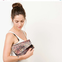 SALE Crossbody purse , Recycled bags, Woman evening bag, Black and pink graffiti print