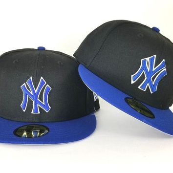 New Era Black / Royal Blue New York Yankee 59Fifty Fitted hat