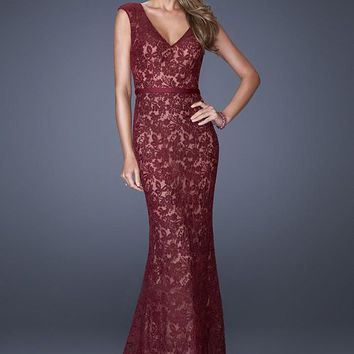 La Femme - 20450 Elegant V-Neck Lace Long Evening Dress