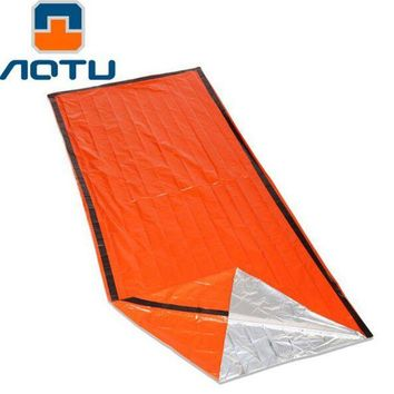 VONL8T AOTU Portable Foil Thermal Space First Aid Emergency Blanket Survival Blanket Outdoor Camping Life-saving Mat Military