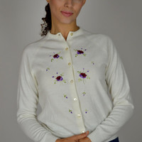 White Vintage Cardigan, Embroidered Cardigan, Floral Embroidery, Button Down, 60's Women's Fashions, Purple Flowers