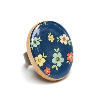 Navy blue floral statement ring. Navy blue ring, wood ring, cocktail ring, resin ring by Starlight Woods