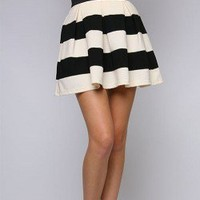 Black and White Stripes Skirt