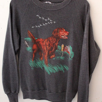 Vintage Crew Neck Sweatshirt Hunting Dog on Farm Image Gray Sweater