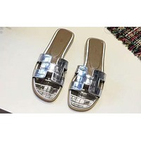 HERMES 2018 Summer New Outer Slippers Flat Beach Shoes F-OMDP-GD Silver
