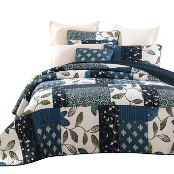 Tache 2-3 Piece Cotton Blue Nightfall Gardenia Patchwork Floral Quilt Set (JHW-587)