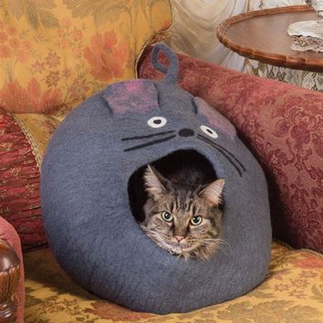 MOUSEKIN'S CAT CAVE - Mouse Shaped Cat Bed